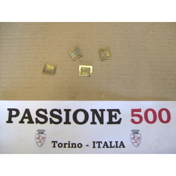 KIT OF 4 CLIPS FOR EMBLEM FIXING FIAT 500