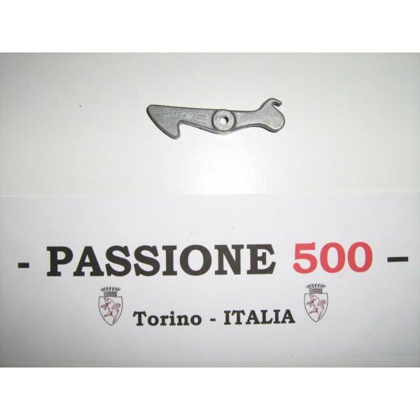 TRUNK LID HOOK FOR FIAT 500