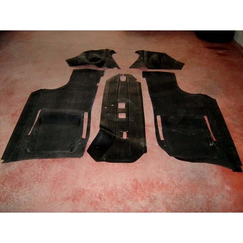 SET OF 5 PIECES OF RUBBER FLOOR MATS FIAT 500 F R